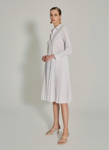 NGSTYLE Piliseli Poplin Elbise Beyaz